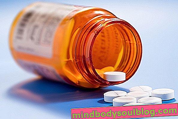Chlorhydrate d'amitriptyline: à quoi sert-il et comment le prendre