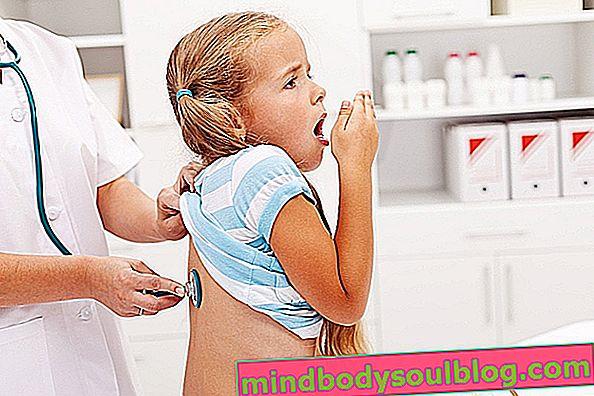 幼児の痰の咳止めシロップ