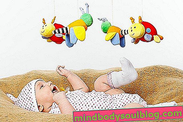 Développement du bébé à 5 mois