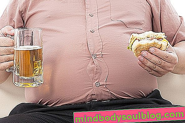 Ursachen für hohen Cholesterinspiegel und mögliche Komplikationen