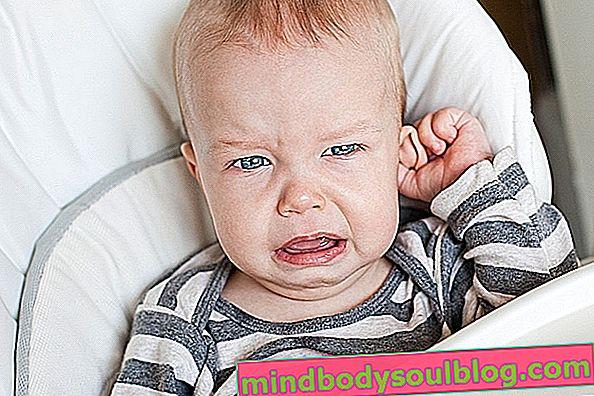 Kesakitan telinga bayi: gejala dan rawatan