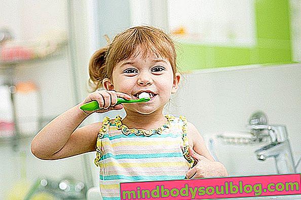 Bila hendak menggosok gigi bayi