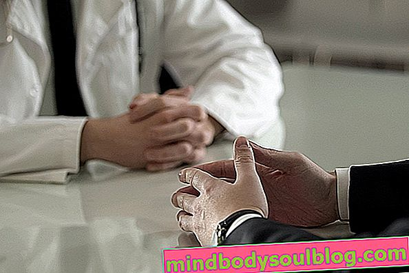 Какво може да причини мехури по пениса и какво да правя