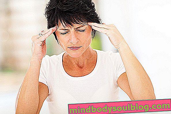 Stirnkopfschmerz: 6 Hauptursachen und was zu tun ist