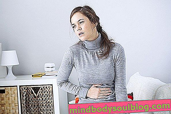 Reflux biliaire: qu'est-ce que c'est, symptômes, causes et traitement
